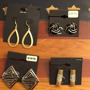 Jewelry - 4 Pairs of Assorted Beautiful Earrings